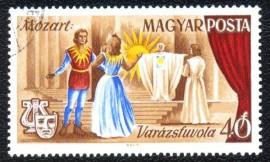 Hungria - USADO - Ópera