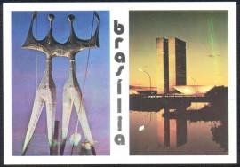 Brasília -(No CP-Os Guerreiros e Congresso Nacioonal )Monumento aos Candango e Congresso Nacional-Não Circulado.